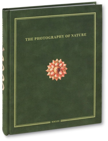 Omslag van Joan Fontcuberta. The Photography of Nature & The Nature of Photography (MACK, 2013)